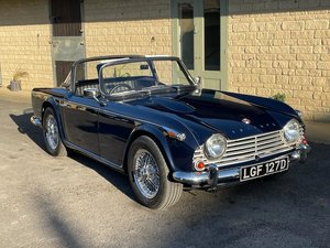 Picture of 1966 TRIUMPH TR4A IRS For Sale