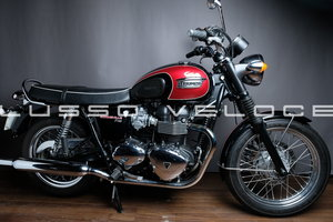 Picture of 2014 Triumph Bonneville with super low miles For Sale