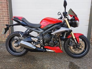 Picture of 2015-64 Triumph Street triple 675 ABS *low miles* For Sale