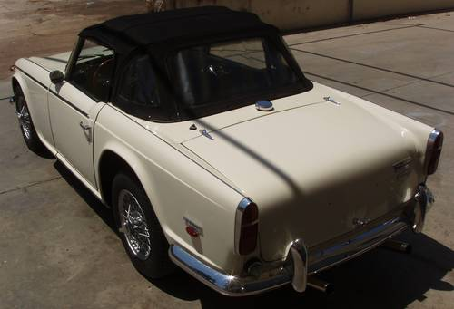 1965 Triumph TR5 PI For Sale (picture 2 of 6)