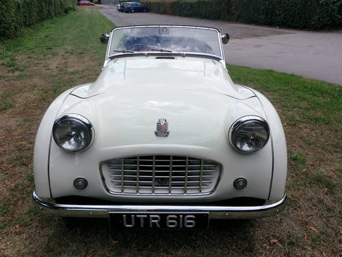 1957 TRIUMPH TR3 FULLY RESTORED100%and bolt restoration For Sale (picture 3 of 3)