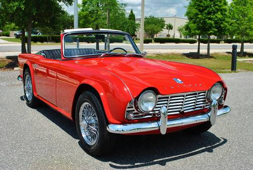 1962 Triumph TR-4 Roadster 4-Speed Rotisserie Restored For Sale (picture 2 of 6)