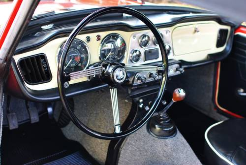 1962 Triumph TR-4 Roadster 4-Speed Rotisserie Restored For Sale (picture 5 of 6)