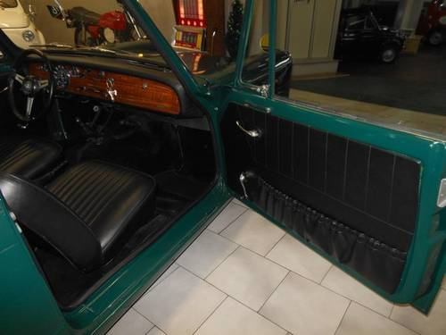 1969 Triumph Herald 1200 For Sale (picture 5 of 6)