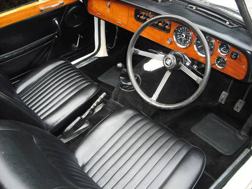 1971 STUNNING VITESSE MK2 CONVERTIBLE,OVERDRIVE,HERITAGE CERT For Sale (picture 4 of 6)
