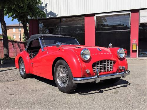 1958 Triumph TR3 A roadster For Sale (picture 2 of 6)