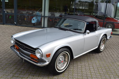 1973 Triumph TR6 2,5 Roadster SOLD (picture 4 of 6)