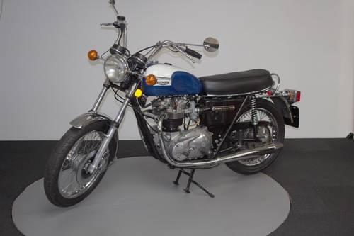 1977 Triumph BonnevilleT140V 750 For Sale (picture 1 of 6)