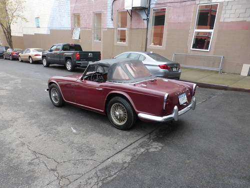 1963 Triumph TR4 Very Early Car A Driver - SOLD (picture 4 of 6)