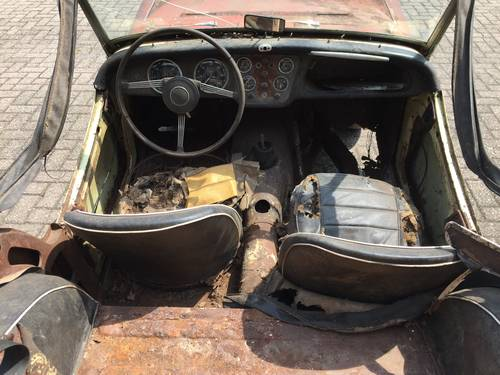 1960 Triumph TR3A for restoration For Sale (picture 3 of 6)