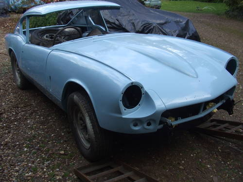 1969 GT6 MK1 SUPERB RESTO NEEDS FINISHING RARE CHANCE SOLD (picture 1 of 6)