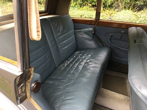 Triumph Razor Edge 1800 Town & Country Saloon 1949 (Renown) SOLD (picture 5 of 6)