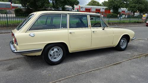 1976 Triumph Estate 2500s,one owner from new, Genuine 99,500miles SOLD (picture 5 of 6)