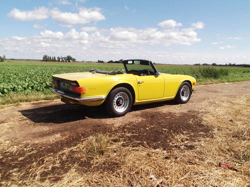 TR6 1971 GENUINE UK 150 BHP CP SERIES MODEL WITH OVER DRIVE. SOLD (picture 5 of 6)