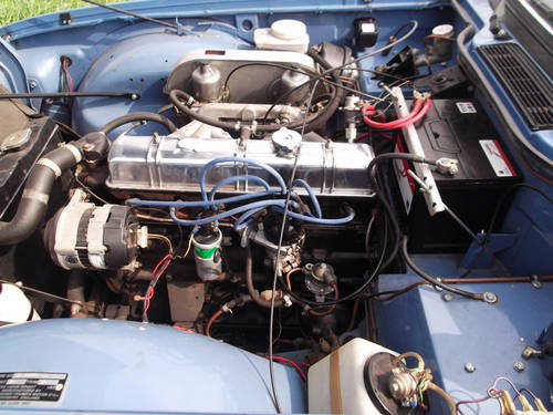 1974 TRIUMPH TR6 FRENCH BLUE WITH OVERDRIVE SOLD (picture 4 of 5)