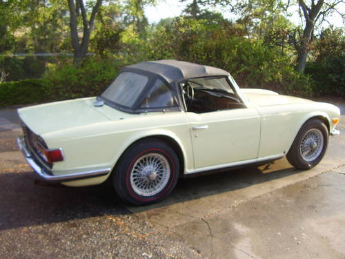 1969 TR6 - one of the first made - no rust!  SOLD (picture 1 of 6)