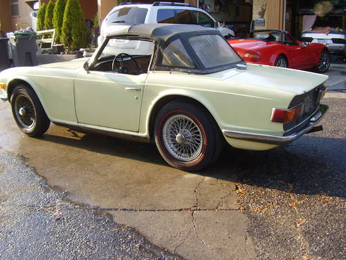 1969 TR6 - one of the first made - no rust!  SOLD (picture 2 of 6)
