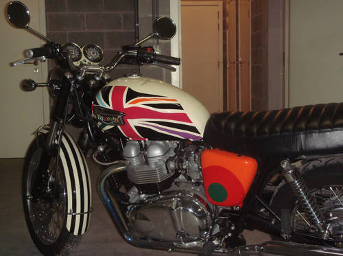 2006 Limited Edition Triumph Bonneville T100 by Paul Smith For Sale (picture 4 of 6)