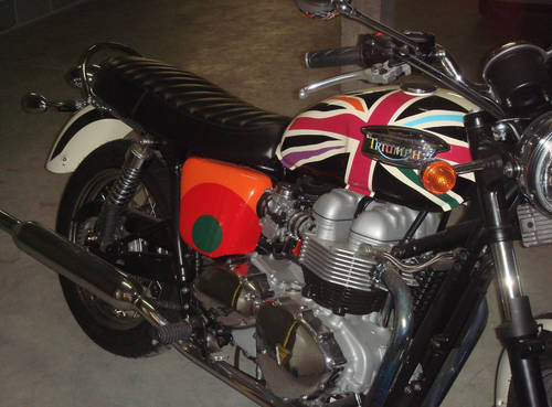 2006 Limited Edition Triumph Bonneville T100 by Paul Smith For Sale (picture 5 of 6)