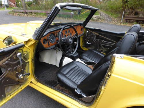 1971 Triumph TR6 With Overdrive Good Mechanics- SOLD (picture 5 of 6)
