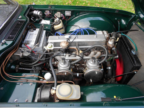 TR6 1973 WITH OVERDRIVE SOLD (picture 2 of 6)