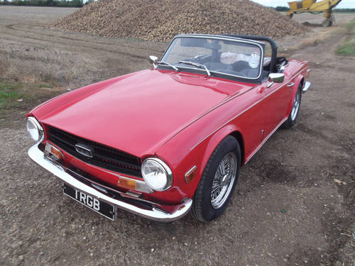 TRIUMPH TR6 1972 RED GENUINE UK 150BHP CAR  SOLD (picture 3 of 5)