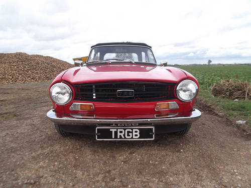 TRIUMPH TR6 1972 RED GENUINE UK 150BHP CAR  SOLD (picture 5 of 5)