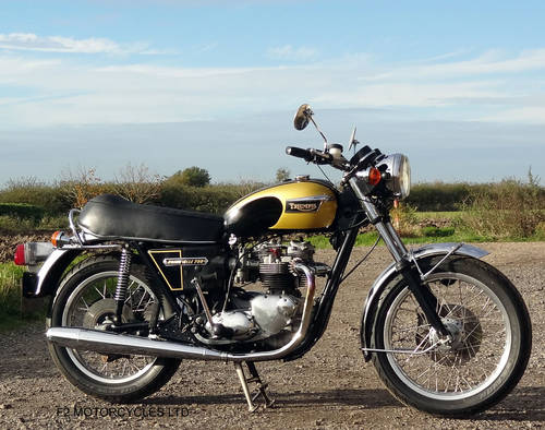 1976 Triumph T140 750 tidy, MOT ready to ride.  SOLD (picture 1 of 6)