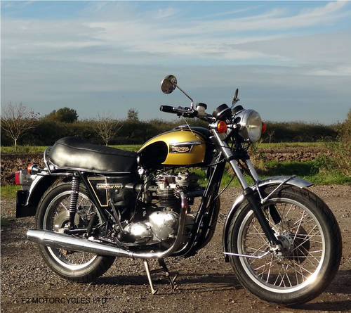 1976 Triumph T140 750 tidy, MOT ready to ride.  SOLD (picture 4 of 6)