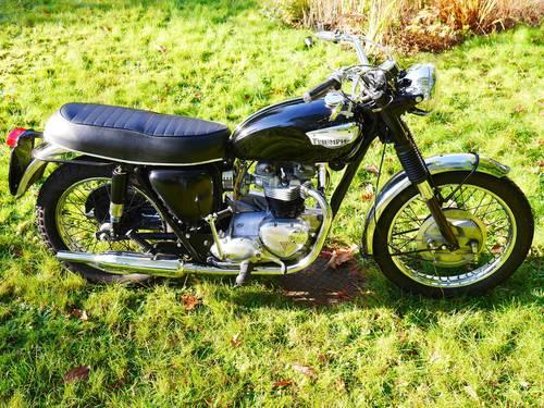 Triumph TR6 – 650cc Black 1967 (E reg) SOLD (picture 2 of 6)