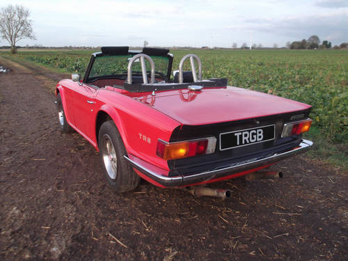 TR6 1975. EX AMERICAN IMPORT CONVERTED TO RHD. OVERDRIVE SOLD (picture 4 of 6)