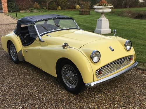 1960 LHD Triumph TR3A For Sale (picture 1 of 6)