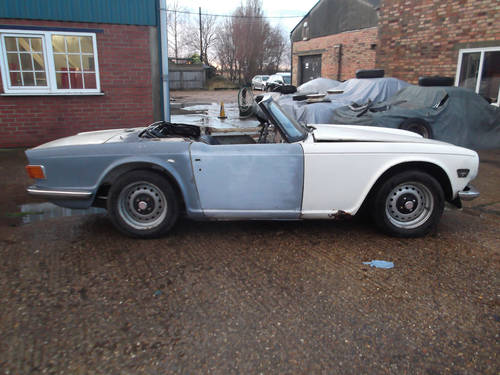 PROJECT TR6 1973 ORIGINAL FUEL INJECTED UK CAR WITH OVERDRIV SOLD (picture 5 of 5)
