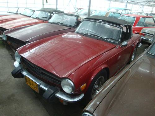 1969 Triumph TR6 with Surrey top For Sale (picture 1 of 6)