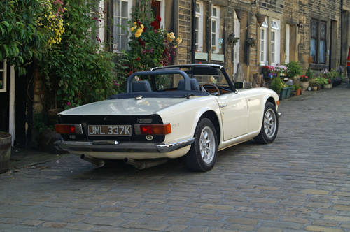 Triumph TR6 Hire Yorkshire | Hire a TR6 For Hire (picture 2 of 4)
