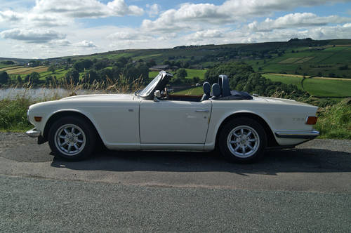 Triumph TR6 Hire Yorkshire | Hire a TR6 For Hire (picture 3 of 4)