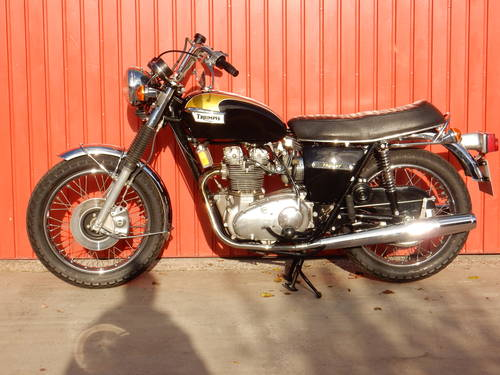 TRIUMPH TRIDENT T150V 1974 741cc MATCHING NUMBERS MOT'd 10/1 For Sale (picture 2 of 6)