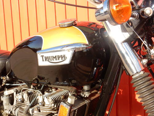 TRIUMPH TRIDENT T150V 1974 741cc MATCHING NUMBERS MOT'd 10/1 For Sale (picture 6 of 6)