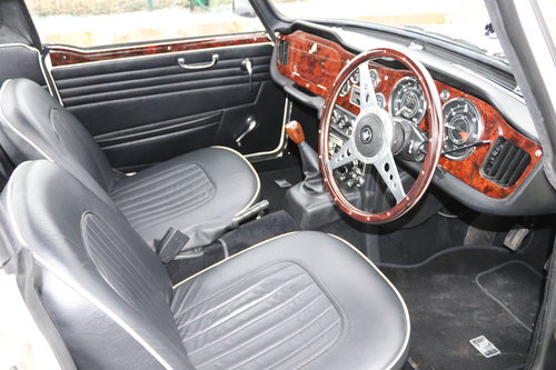 1966 TR4A IRS, Show standard Restoration, Surrey top SOLD (picture 5 of 6)