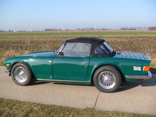 1970 Triumph TR6 BRG '71 SOLD (picture 3 of 6)