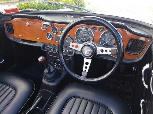 1966 Triumph TR4A IRS SOLD (picture 5 of 6)