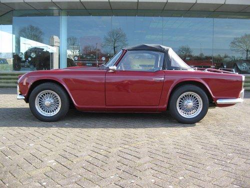 1963 Triumph TR4  € 27.900 For Sale (picture 1 of 6)