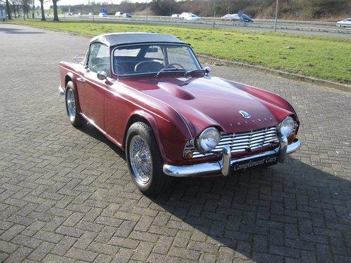 1963 Triumph TR4  € 27.900 For Sale (picture 2 of 6)