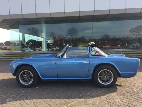 1963 Triumph TR 4  € 27.900 For Sale (picture 1 of 6)