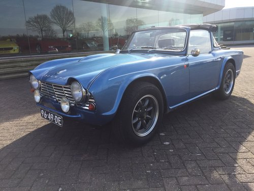 1963 Triumph TR 4  € 27.900 For Sale (picture 5 of 6)