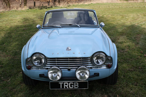 TR4 1963 POWDER BLUE WITH OVERDRIVE SOLD (picture 4 of 6)