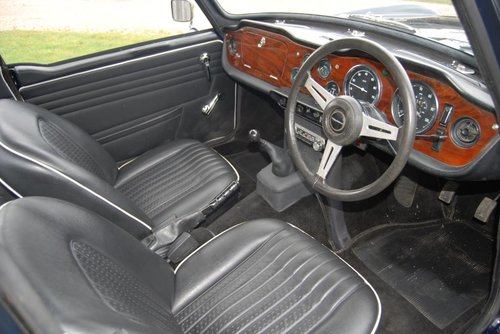 1968 Triumph TR5, UK Car, Body off resto, Fast-road Spec, History For Sale (picture 2 of 6)