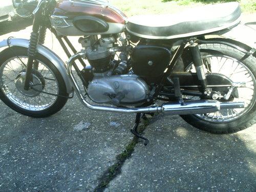 1961 TRIUMPH TR6R SOLD (picture 3 of 6)