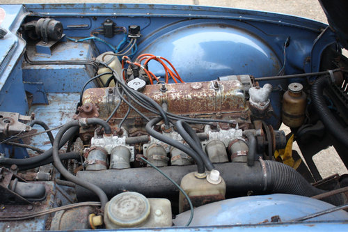 TR6 1969 ORIGINAL 150 BHP EARLY CAR WITH OVERDRIVE SOLD (picture 3 of 6)