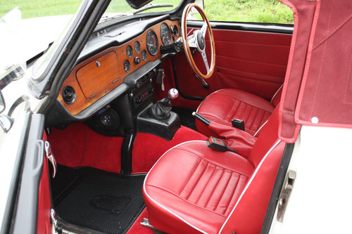 TR6 1972 150BHP CAR WITH OVERDRIVE SOLD (picture 2 of 6)